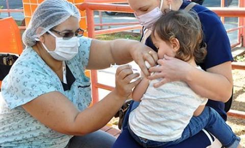 Saúde reforça necessidade da vacinação de gestantes e crianças contra a gripe