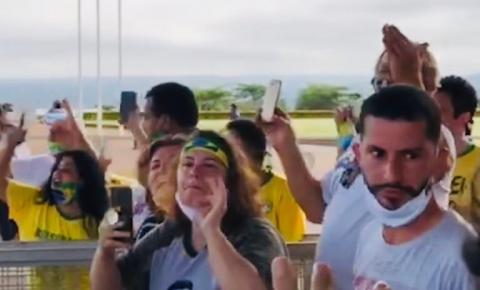 Moradora de S. Bárbara estava em grupo que foi a Brasília hostilizar jornalistas