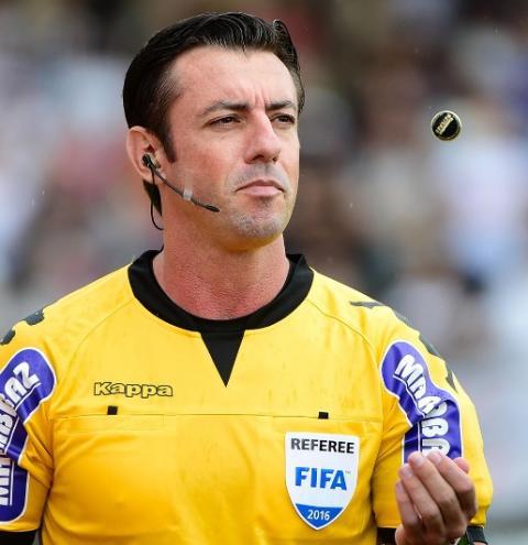 Árbitro barbarense é eleito o melhor árbitro do futebol brasileiro pela quarta vez