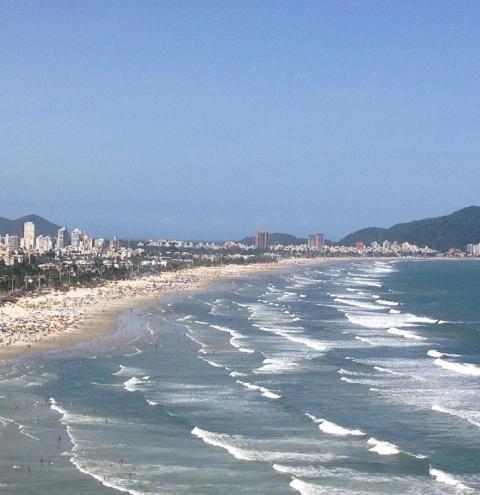 Morador da região morre afogado na Praia da Enseada, no Guarujá