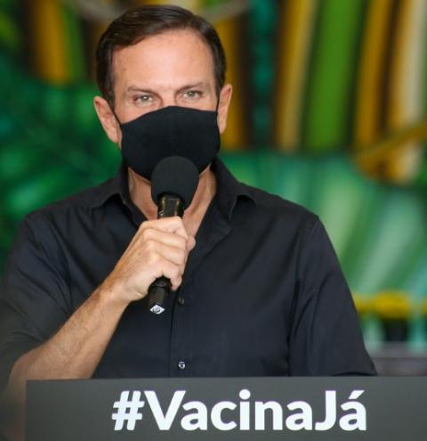 Doria apresenta novo calendário para vacinar toda a população até 15 de setembro