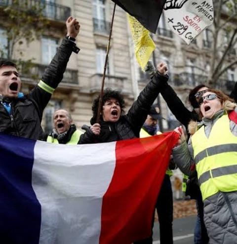 Na França, greve contra reforma da previdência chega à quinta semana de protestos