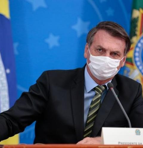 'Espero que essa seja a última semana de quarentena', diz Bolsonaro